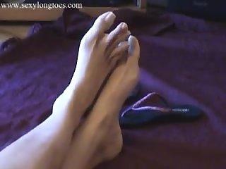 Gabby longe toes