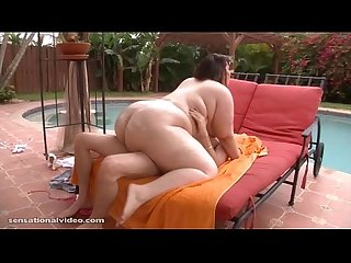 Cute Big Booty BBW Gets Oiled and Fucked for First Time