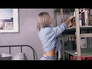 Nerd helps A Sexy teen and gets laid https fapfor fun view Video php id 435611