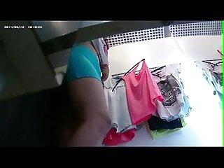 Espiando a una Chica en vestidor