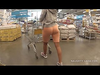Cameltoe and flashing in the supermarket