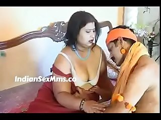 Bgrade movie with unseen hot clip (new)